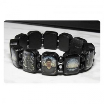 Twilight Breaking Dawn Part 2 Wooden Bracelet Jacob Horizon