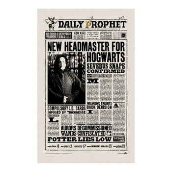 Harry Potter - The Daily Prophet New Headmaster for Hogwarts Tea Towel