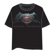 Batman VS Superman T-Shirt - Size L