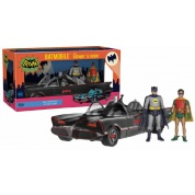 Funko Action Figures DC Comics Batman 1966 - Batmobile w/ Batman & Robin Action Figure Set 28cm long