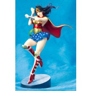 Bishoujo Collection DC COMICS ARMORED WONDER WOMAN 9,4-inch PVC Statue