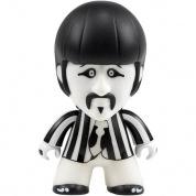 Titan Merchandise - The Beatles TITANS: Black and White Ringo Vinyl Figure 12cm