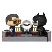 Funko POP! Movie Moment - Batman 80th - w/ Light Up Bat Signal Vinyl Figure