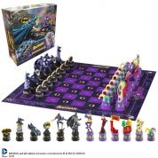 Batman - Batman Chess Set (Dark Knight vs Joker)