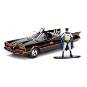 Batman 1966 Classic Batmobile 1:32