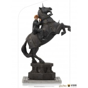Harry Potter - Ron Weasley at the Wizard Chess Deluxe Art Scale 1/10