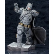 Batman Vs. Superman Dawn Of Justice - BATMAN ARTFX+ Series 1/10 Scale 21cm Statue